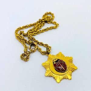 Jewelry - Vintage Ladybug Pendant Necklace